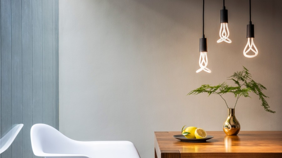 BEST MODERN LIGHTING IDEAS FOR YOUR HOME modern lighting ideas Best Modern Lighting Ideas for Your Home plumen led bulb design dezeen 2364 hero 1